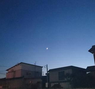 【満員御礼】cafe towaの満月ヨガ